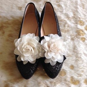 Kate Spade NewYork Cinda Flower Glitter Loafer 5.5